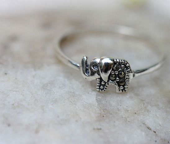Cute Sterling Silver vintage Elephants rings by Babalastore