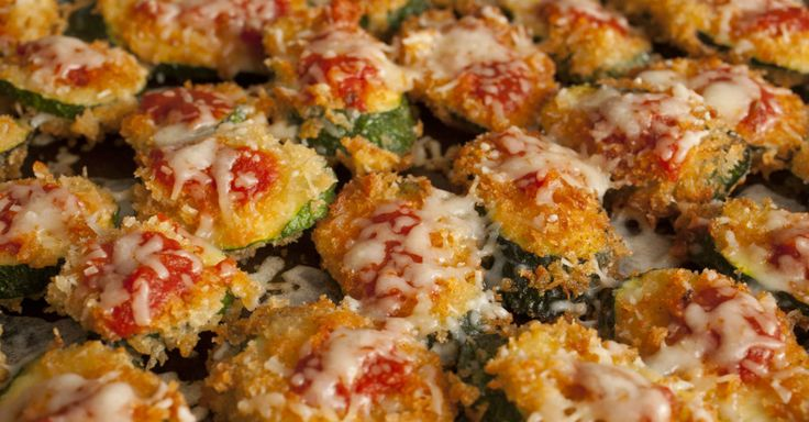 Zucchini Crisp Pizzas are a great way to get your children to eat their veggies! Super easy recipe.