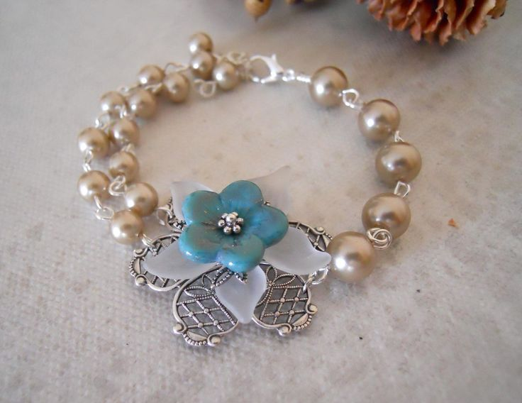 Free Shipping - Vintage Flower Bracelet - Silver 25.00 USD Available at http://ift.tt/1NM3wVS