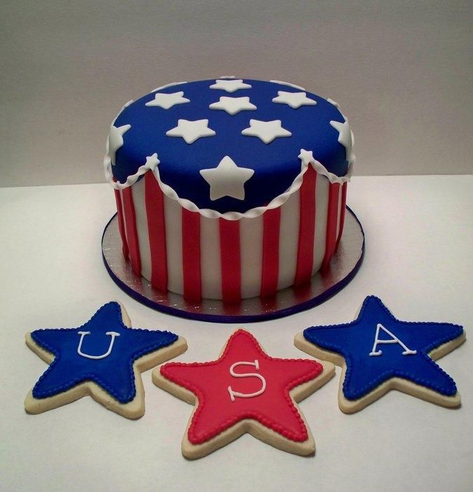 4th of July Cake and cookies