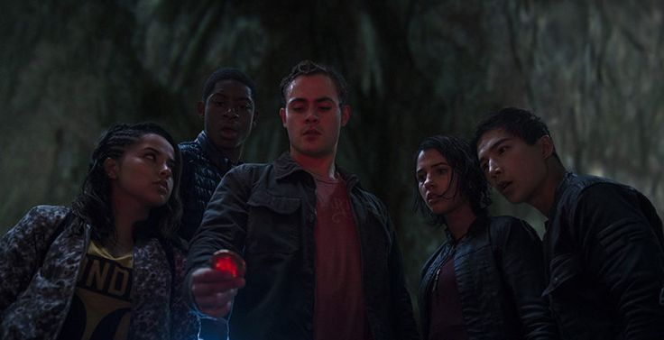 Power Rangers Civilians Movie 2017