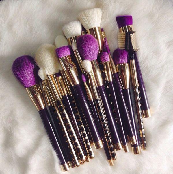 Best 25+ Good makeup brush sets ideas on Pinterest | Good ...