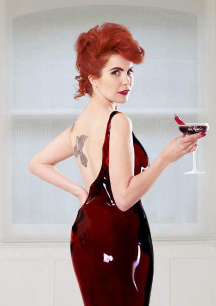 paloma faithRedheads Stranger, Cocktail Recipes, Radiant Redheads, Rouge Sinopl, Paloma Faith 3, Bla Bla, Inspiration Fashin, Female Musicians, Vintage Glam