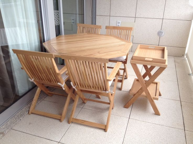 Outdoor furniture in solid oak, by Mi Loureiro