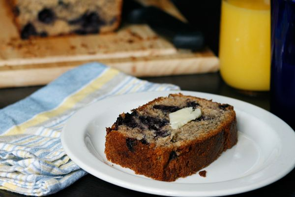 whole wheat blueberry bread..A WiNNER FOR HEALTHY BREAD *****