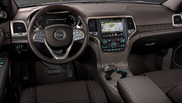 2016 Jeep Grand Cherokee - interior