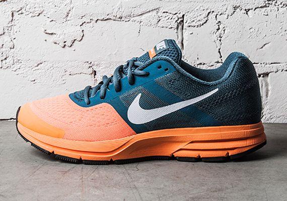 Nike Air Pegasus 30+: Night Factor/Atomic Orange