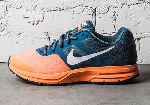 Nike Air Pegasus 30+: Night Factor/Atomic Orange