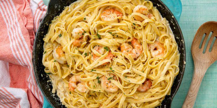 Easy Shrimp Alfredo Fettuccine Recipe - How to Make Shrimp Alfredo Pasta