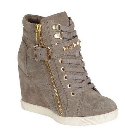 wedge sneakers @ Sarita Martinez cute :)