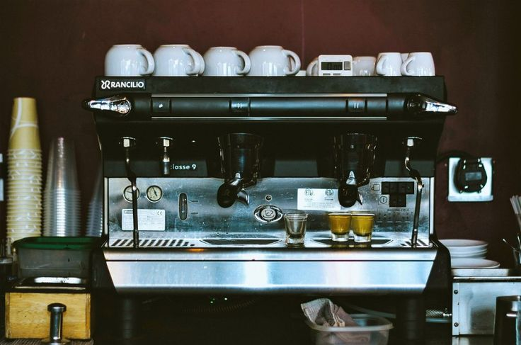 5 of the best places to get your coffee fix in Canary Wharf.