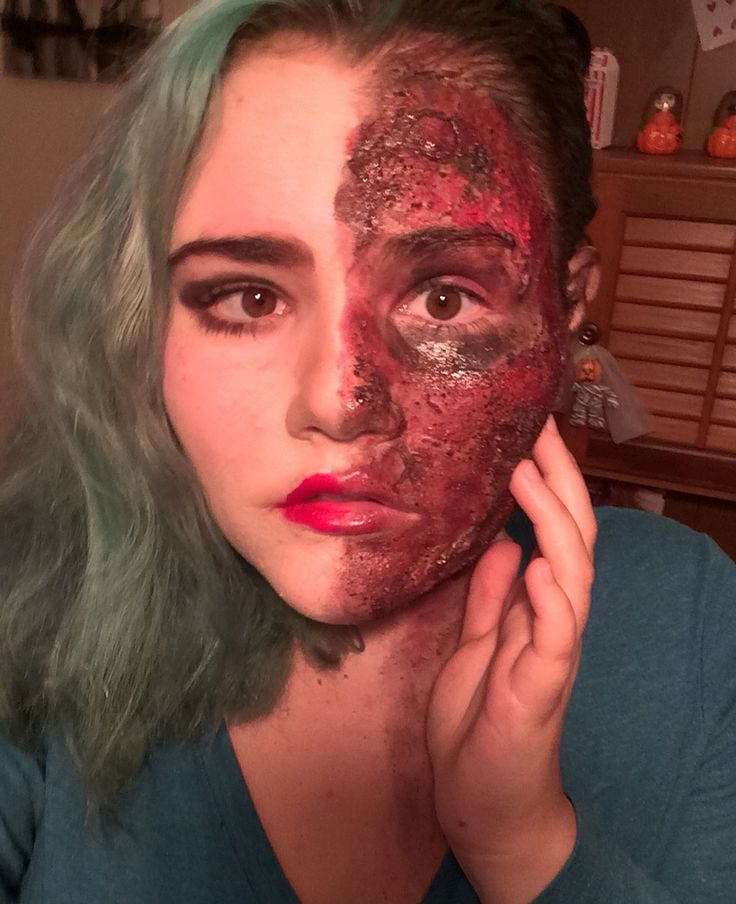 two face halloween makeup done in youtube channel joansstylemusic - Where Can I Get Halloween Makeup Done
