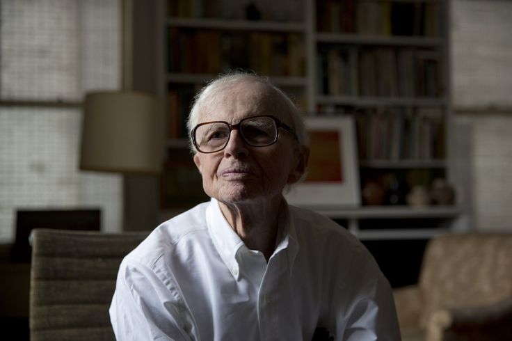 "William Zinsser, author of the classic guide 'On Writing Well,' dies at 92 - Mr. Zinsser (pronounced ZIN-zer) began his career at the old New York Herald Tribune in the 1940s. He later became a magazine writer before he began teaching a course at Yale University in 1970. His class, called ""Nonfiction Workshop,"" was limited to 20 students but drew 170 applicants. ""There was nothing else like it at Yale in those days,"" Mark Singer, who became a staff writer at the New Yorker, told the New York…"
