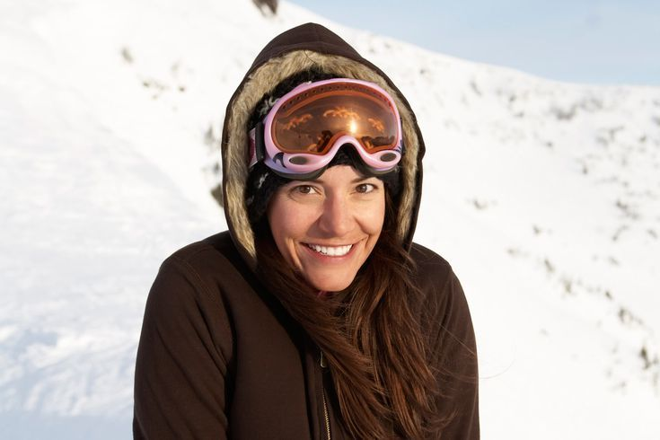 How to Choose The Right Lens Color For Your Ski Goggles: Amber Ski Goggle Lenses / Orange Ski Goggle Lenses