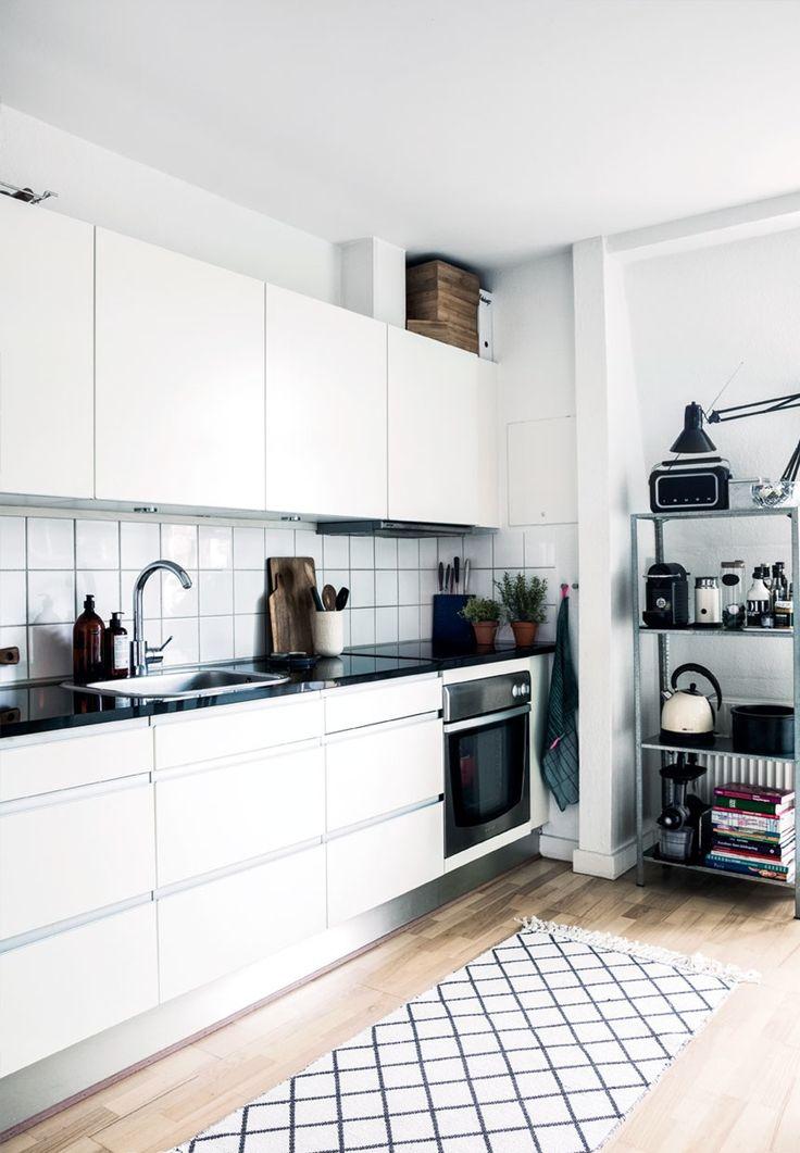 Enkelt og funktionelt køkken www.ditteblog.dk