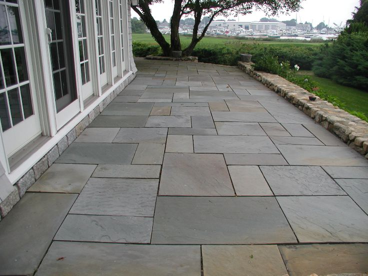 25 best ideas about bluestone pavers on pinterest for Blue stone paver patio