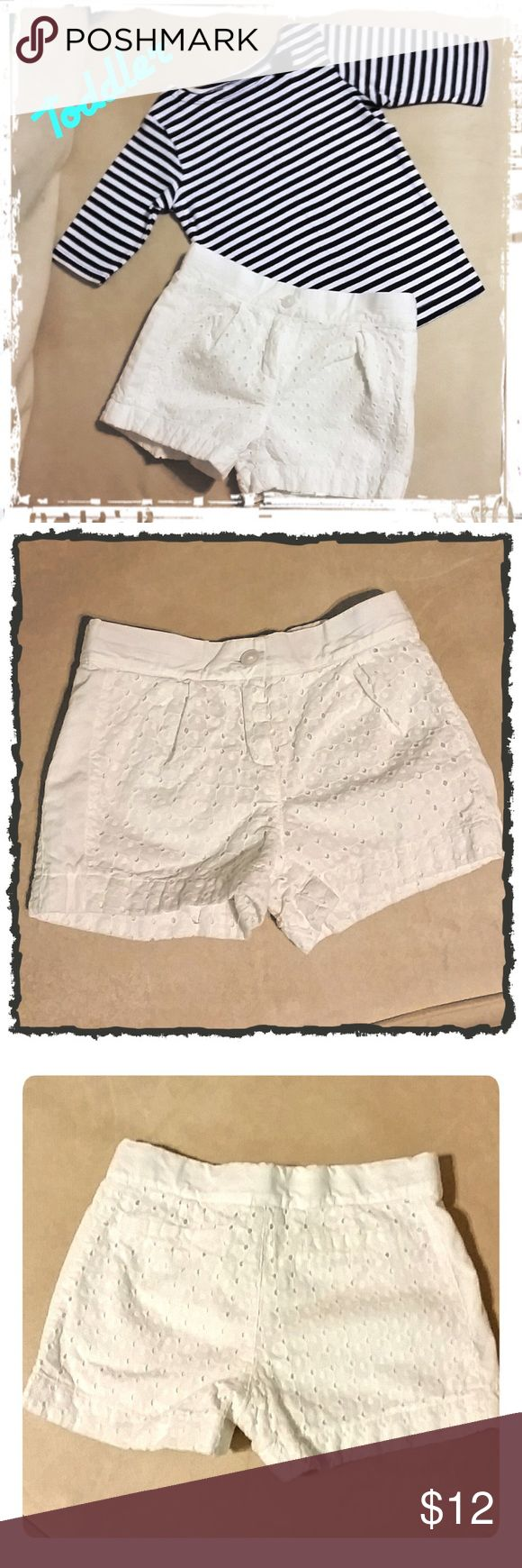Toddler White Eyelet Shorts White Eyelet adjustable Shorts by Janie and Jack. Button and zipper front with adjustable sides. Size 4. Great condition! Janie and Jack Bottoms Shorts