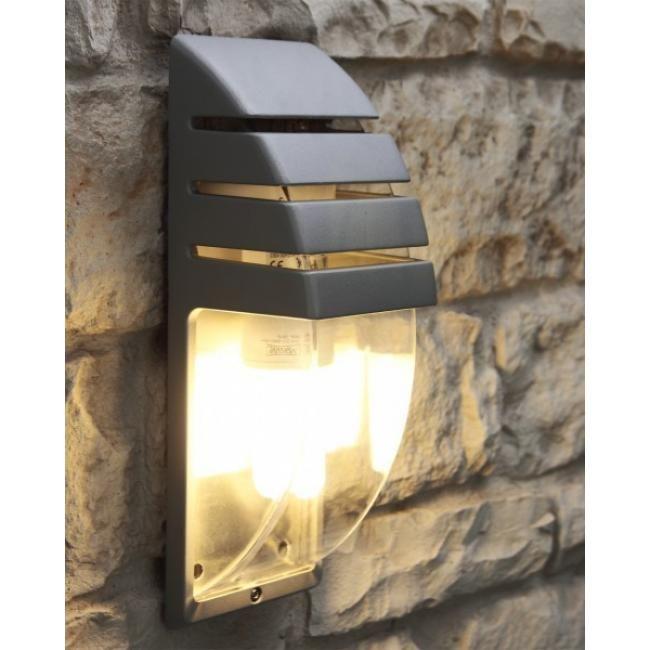 LUTEC CITY Außenwandleuchte Weder Spritzwasser aus sämtlichen Richtungen noch schädigende Mengen Staub können in diese Leuchte mit IP54-Schutz eindringen. Der Korpus besteht aus witterungsbeständigem Aluminium. Als Leuchtmittel kommen alle Lampen mit E27-Sockel und maximal 60 Watt in Frage (Glühlampen (Halogen), Energiesparlampen und LED-Lampen).