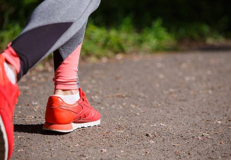 Gåturen kan virkelig hjælpe dig, hvis du prøver at få gang i et vægttab. Vi har samlet de bedste tricks, som øger din fedtforbrænding, når du går.