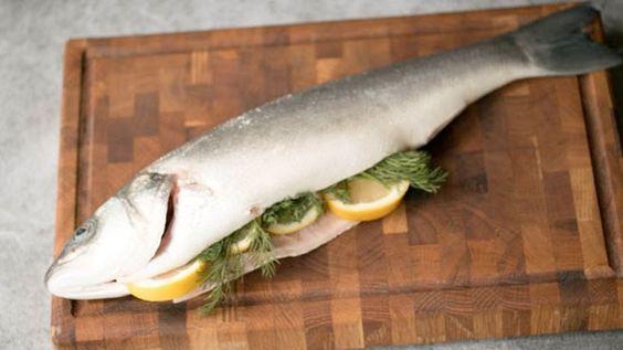 Vis in zoutkorst - recept | 24Kitchen