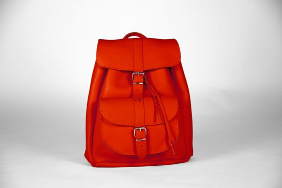 Handmade Red Leather Backpack LARGE one pocket by MagusLeather, €128.00