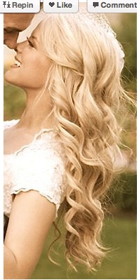 I love long hair and curls! Now i just need to grow my hair a few more inches and it'll be perfect <3