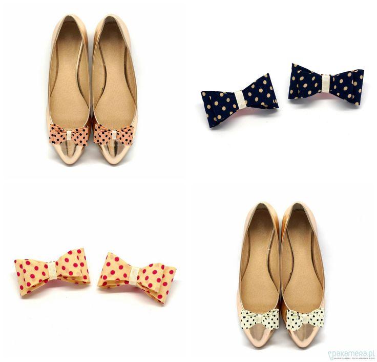 Klipsy do butów w urocze kropki, w różnych opcjach kolorystycznych.. Jedne buty , a można mieć tyle zabawy!  Pretty Dots White - klipsy do butów - buty - Pakamera.pl