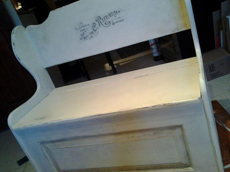 Réalisé lors de Notre atelier Apportez votre meuble.