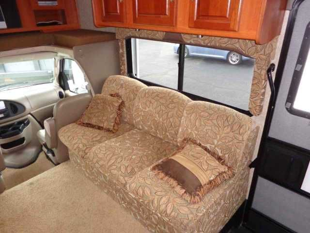 2007 Used Coachmen Leprechaun 318DS Class C in Pennsylvania PA.Recreational Vehicle, rv, 2007 Coachmen Leprechaun 318DS, This Leprechuan is in excellent condition. No smells, no stains, only 16,000 miles. Awnings are brand new, new state inspection, 2 slideouts,onan 4000kw gen, rear back up camera, flat screen tv, 6 cu ft frig, day/ night shades. convection microwave, complete set of original owners manuals, max air vents. really needs to be seen in person to appreciate. $45,995.00…