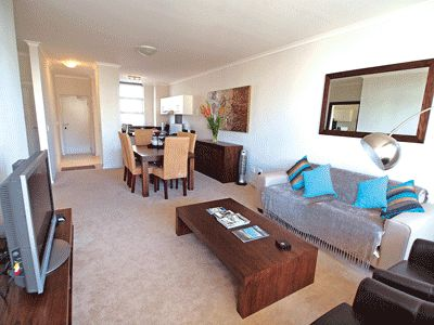 Self catering accommodation, Muizenberg, Cape Town   Lounge   http://www.capepointroute.co.za/liveit-muizenberg.php