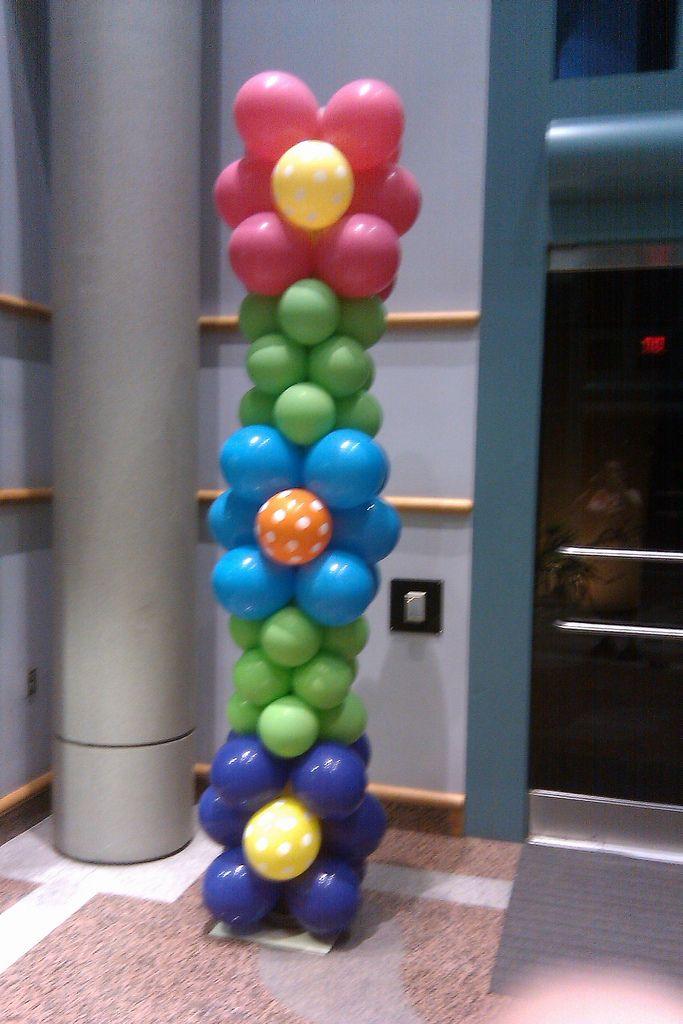 Custom Balloon Decorations to large Balloon Sculptures