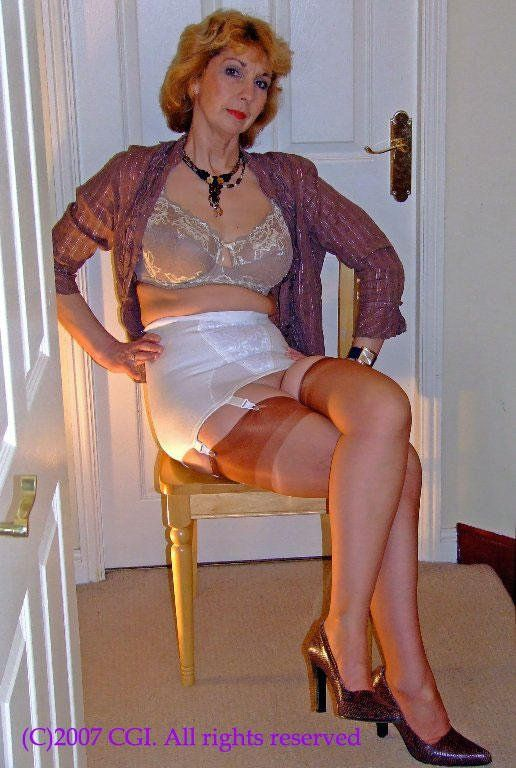 Mature Silk Stockings 4
