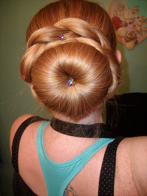 Beautiful rope braid bun. I don't have enough hair god this but imagine!