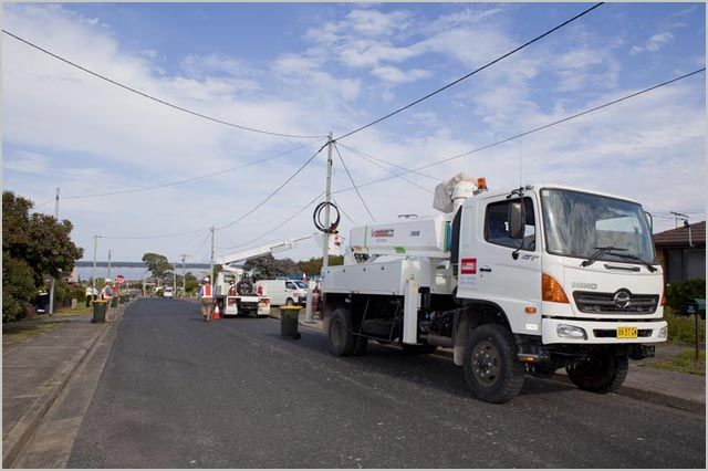 Leighton subsidiary Visionstream has won a $300 million contract from the National Broadband Network Company for the rollout of the National Broadband Network (NBN) in Tasmania.