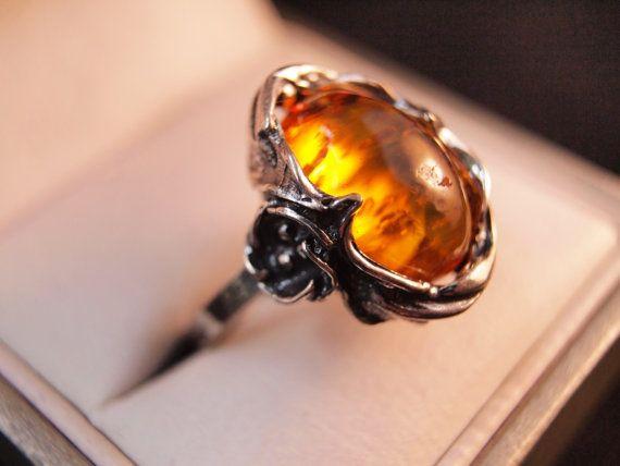 Sterling Silver Flower Amber Ring