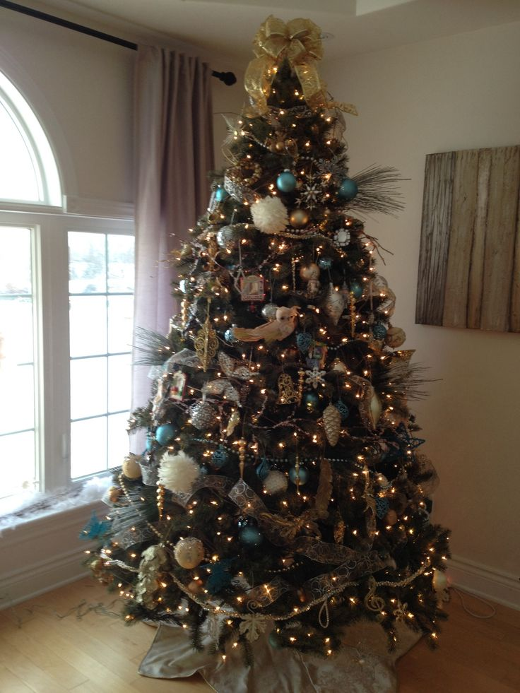 blue gold silver christmas tree