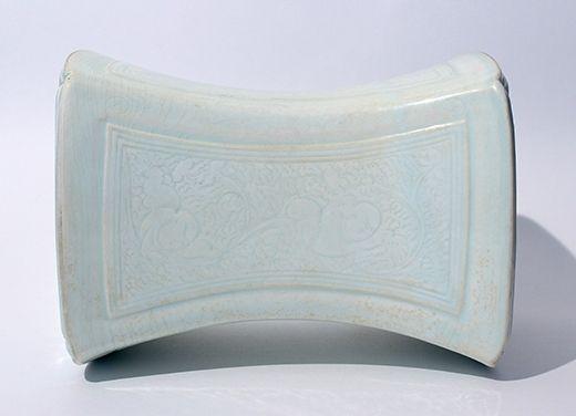 A Qingbai 'boys' pillow, China, Song Dynasty © Littleton & Hennessy Asian Art