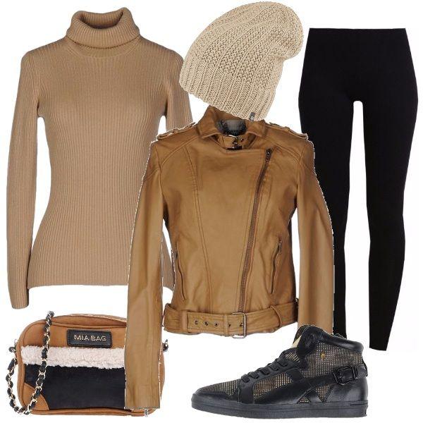 Look comodo e alla moda: dolcevita in cachemire cammello, biker di pelle cammello, leggings neri, sneakers alte motivo principe di Galles, tracolla in ecopelle effetto scamosciato e berretto di maglia beige.