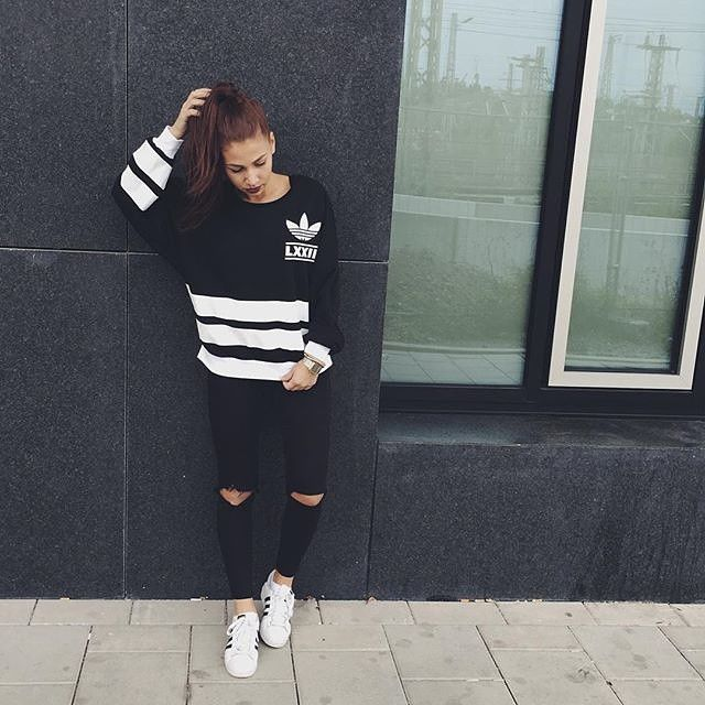 31 Perfect Looks To Copy This October #refinery29  http://www.refinery29.com/october-outfit-of-the-day-ideas#slide-12  For those lazy Sundays when you just don't feel like getting dressed, sporty athleisure pieces have you covered. It's comfy while still looking cool.Adidas top and shoes....