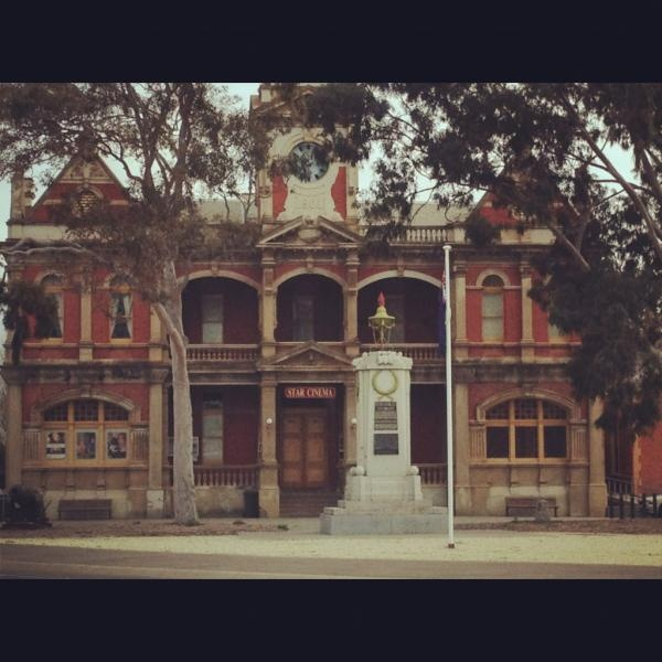 Day27: Business - The Beautiful Star Cinema in Eaglehawk #Bendigo by @Bendigo Talks
