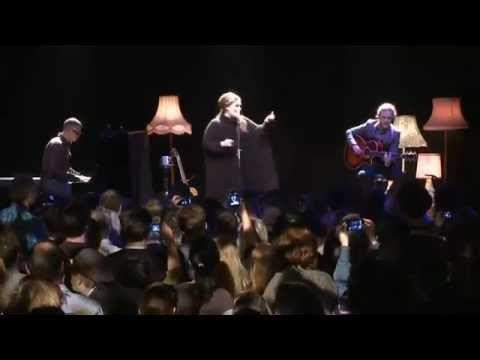 ▶ Adele live @ the tabernacle - YouTube