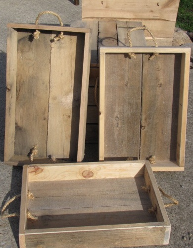 Pallet crates and serving trays