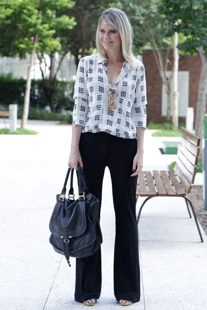 gostei da calça reta, camisa tecido fluido, o cordão e a bolsa couro mole para o look de trabalho
