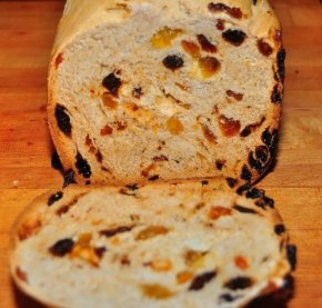 Getting tired of #sandiwches using regular #wholegrain bread? @FoodRepublic suggests #raisinbread.