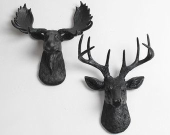 White Faux Taxidermy Minis Gift Set in White & Gold  The MINI Moose & MINI Deer by White Faux Taxidermy. A perfect match between the buck (The MINI Alfred) and the moose (The MINI Glitz). This fun set is ideal to decorate your home or even your rustic-themed wedding. Each sculpture is created with the utmost attention to detail, and meticulously inspected prior to shipment. Whether its a wedding gift or simply beautiful home decor, shop with confidence knowing that you will receive a…