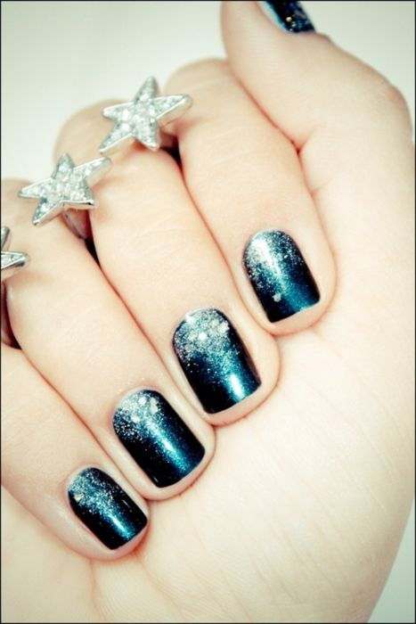 Sparkle Sparkle!Nails Art, Nailart, Nails Design, Starry Night, Essie Diving, Diving Bar, Sparkle Nails, Navy Nails, The Holiday