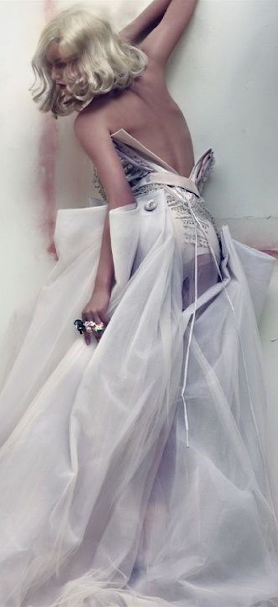 Christian Dior /lnemnyi/lilllyy66/ Find more inspiration here: http://weheartit.com/nemenyilili/collections/22262382-like-a-lady