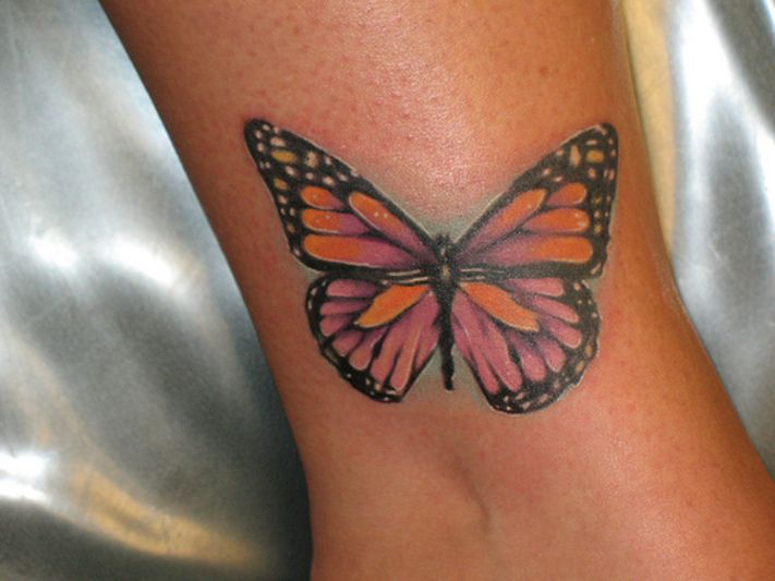 Cool butterfly tattoos design on wrist for girls | zentrader
