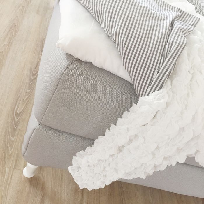 die besten 25 kellerdecke ideen auf pinterest beleuchtung in der abgeh ngten decke. Black Bedroom Furniture Sets. Home Design Ideas