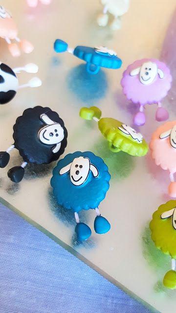 ****Union-Knopfaugen-Haarspangen**** https://babyknopfauge.blogspot.de/…/union-knopfaugen-haarsp… Wollt ihr wissen wo ich die schönsten aller Knöpfe gefunden habe?! Nähmlich über Unionknopf: Die haben nämlich die ausgefallensten Knöpfe und Kurzwaren die ich bisher gesehen habe! Natürlich musste ich diese sofort an meinen neuen Haarspängelchen ausprobieren! Die gefallen mir so sehr das ich die gar nicht mehr hergeben mag! #Babyhaar #Blumenhaarspange #DIY #Haardeko #Haarklammer #Haarklammern #